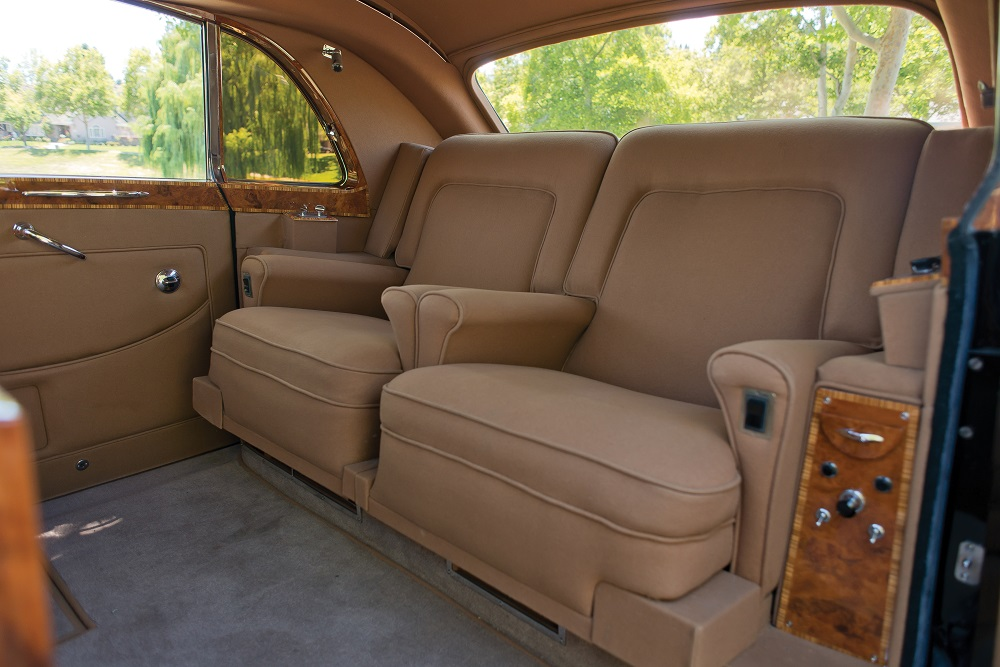 rolls-royce-phantom-v-james-young-sedanca-de-ville-interior-2