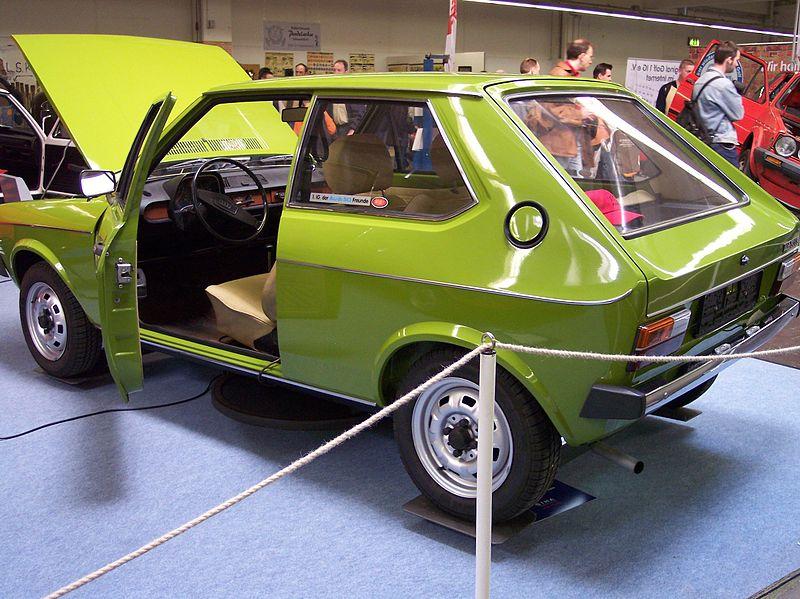 Audi 50 (1974 — 1978)   Ретро автомобили мира